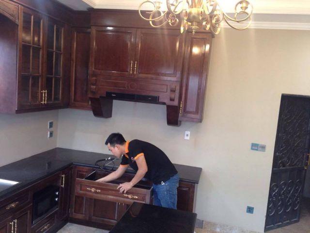 sửa ngăn kéo tủ bếp