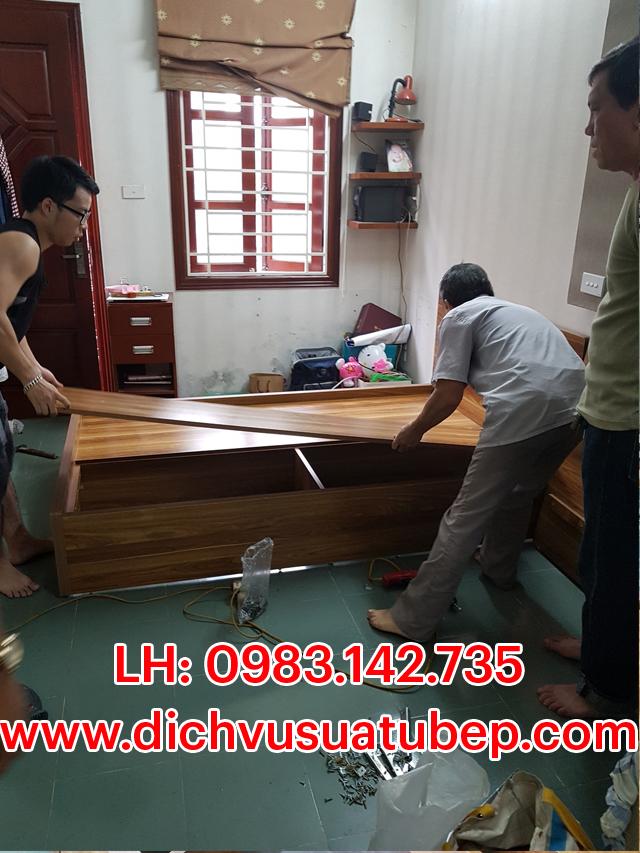Tháo lắp giường tủ