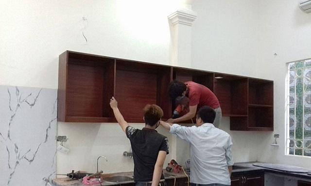 Quy trình tiến hành sửa tủ bếp của Tuấn Đạtthế nào?