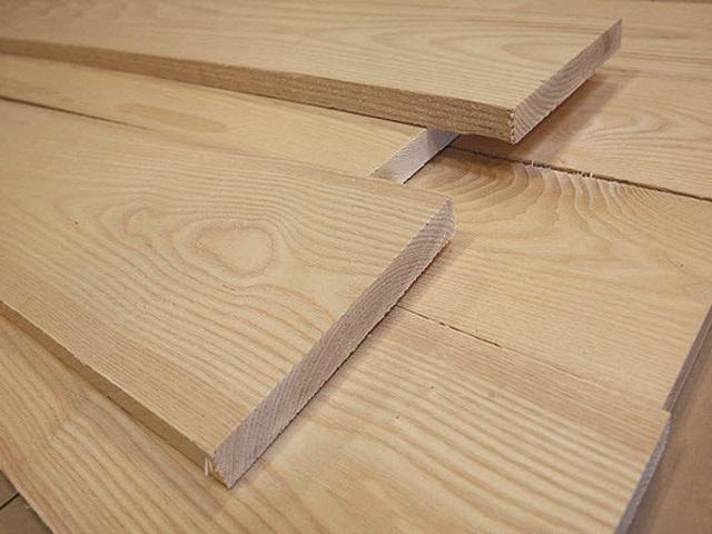 Gỗ Sồi được ứng dụng làm ván sàn nhà trong thực tế
